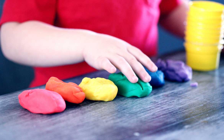 Cosa Fare in Casa con i Bambini: Giochi e Passatempi | Corriere delle Dame