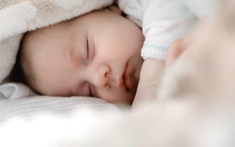 Fontanella neonato: Cose da Sapere | Corriere delle Dame