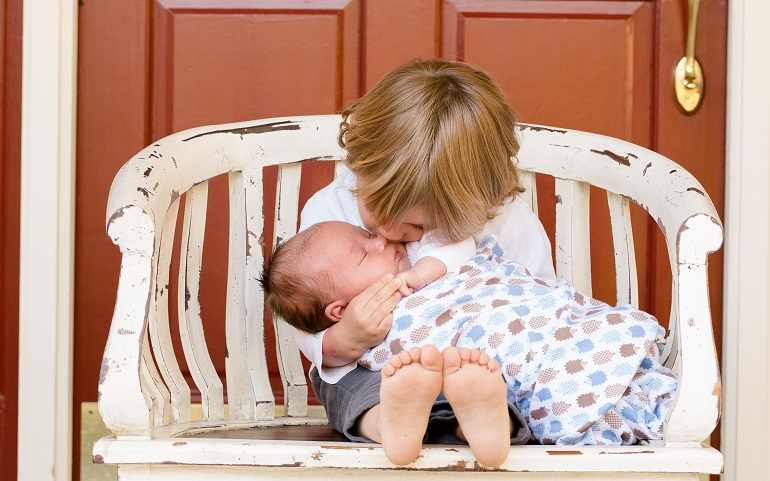 Come Preparare il Primo Figlio quando arriva il secondo?